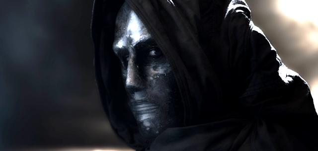 Toby Kebbell este personajul negativ Victor Domashev (Dr. Doom) în noul trailer pentru Fantastic Four