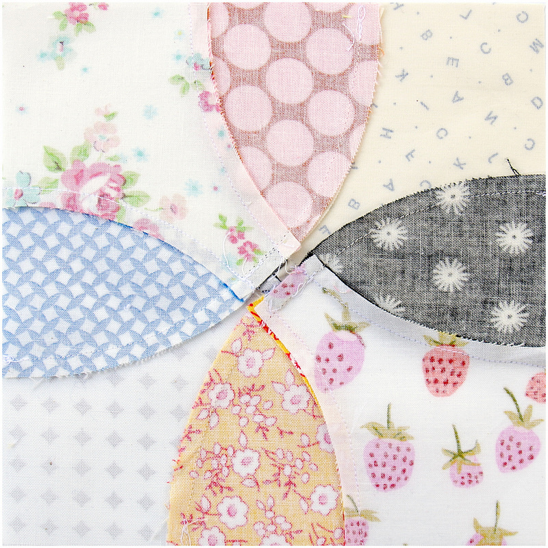 Flowering Snowball Quilt Block - pressing seams