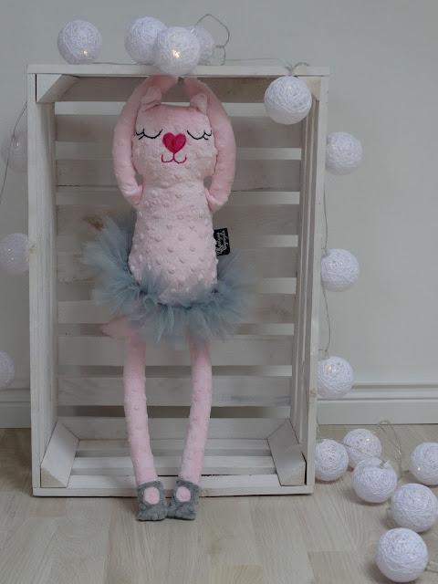baletnica kotek róż maskotka 4