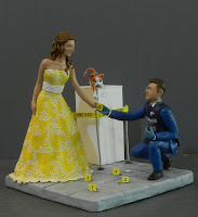 cake topper personalizzato csi sposo carabiniere sposini con gatto orme magiche