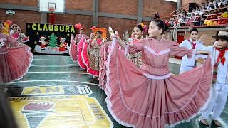 la pollera colorada baile tipico