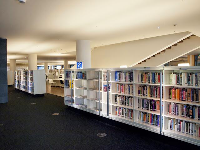 Interior de la Openbare Bibliotheek de Amsterdam