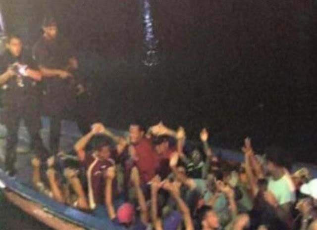 Miles de venezolanos piden asilo en Curazao