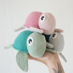 http://www.crochetyamigurumis.com/amigurumi-tortuga/