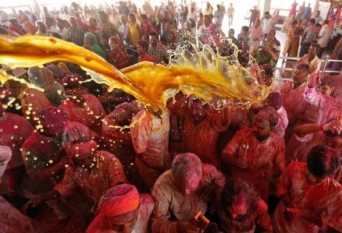 Bolehkah Seorang Muslim Mengikuti Festival Holi?