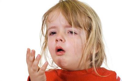 Thuốc ho cho bé đòi hỏi yêu cầu khác thuốc ho người lớn