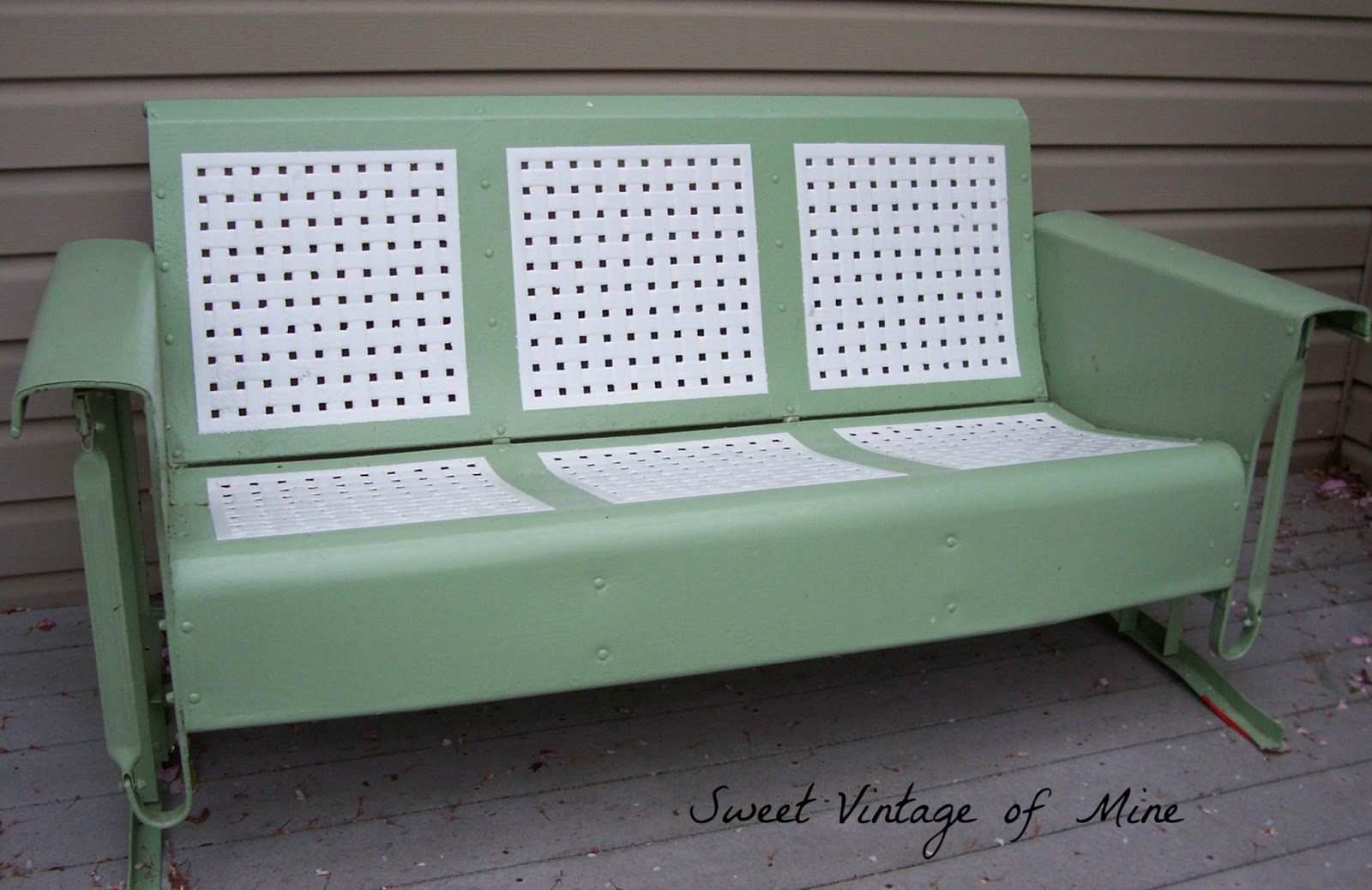 having a garage sale ideas - Sweet Vintage of Mine THE VINTAGE GLIDER most POPULAR POSTS