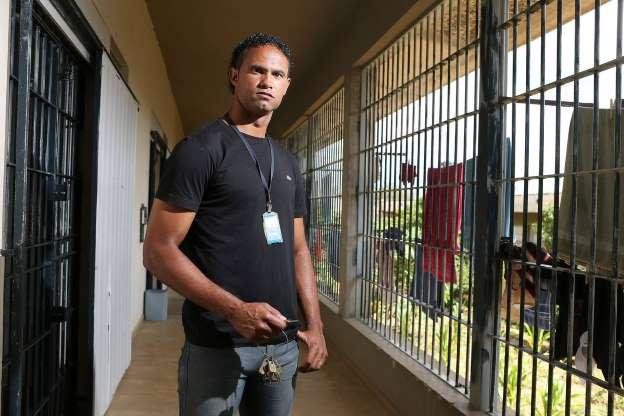 'Presídios comuns são escolas do crime', diz goleiro Bruno
