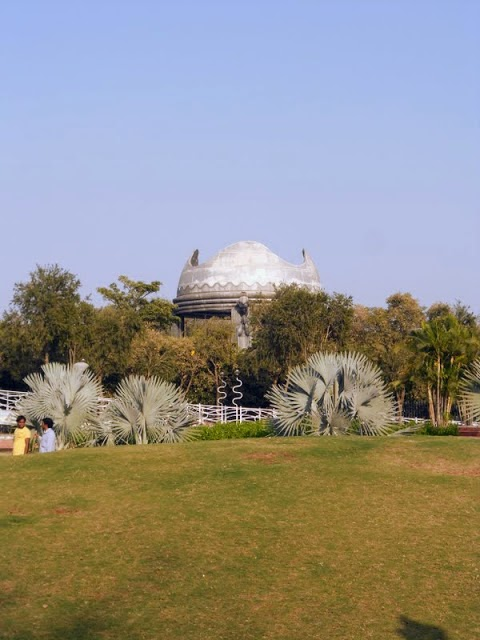 What to see in Hyderabad India: broken dome at NTR Garden