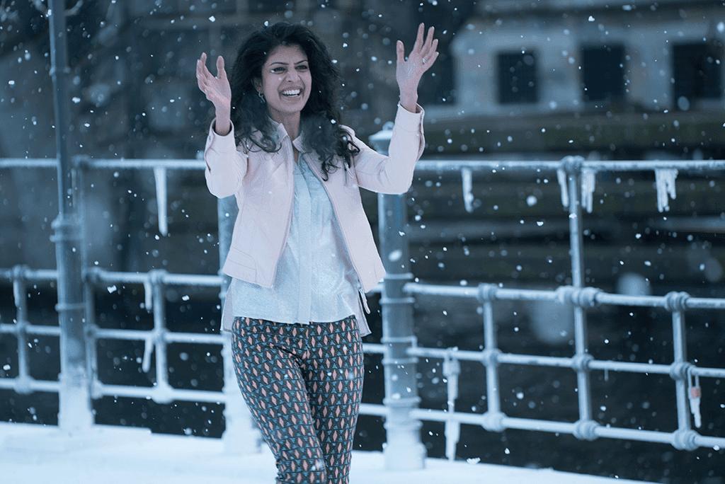 Está claro que Kala no ha tenido muchas ocasiones en su vida para disfrutar de la nieve