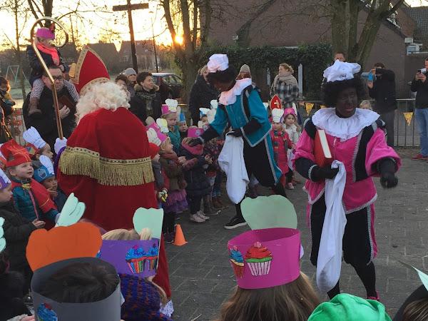 Weekoverzicht week 49; Nog steeds Sinterklaas, Ziekenhuis, Lamgeslagen en Kerst.