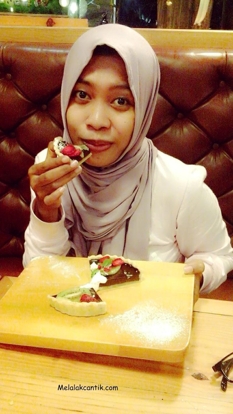 Menikmati Suasana Sejuk di Lekker Urban Food House Medan