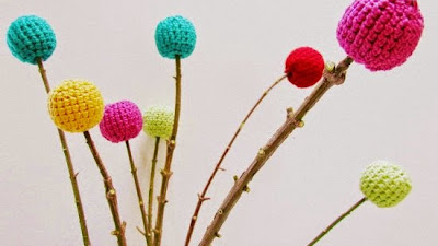 Ramo de Flores con Bolas de Crochet