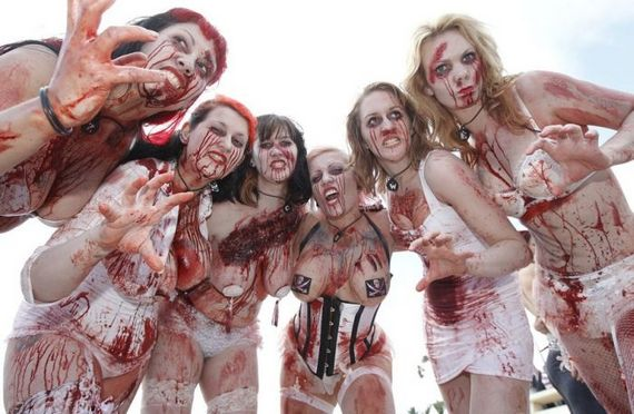 Hot Naked Zombie Woman 99