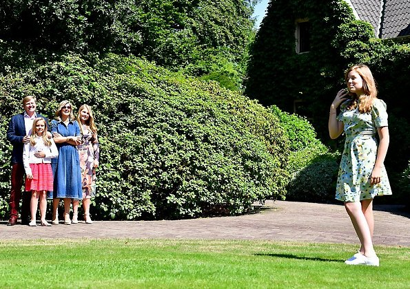 Queen Maxima wore Co Denim midi dress, Crown Princess Amelia wore Sissy-Boy Print dress. Princess Alexia and Princess Ariane summer photo