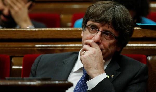 El ex presidente de Cataluña no reveló donde se aloja, pero anunció una conferencia de prensa en Bruselas