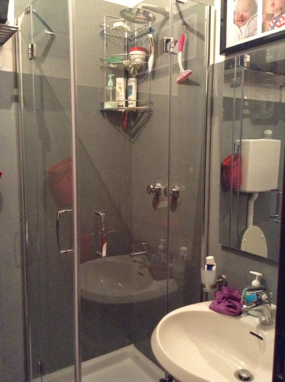 Coprire le piastrelle del bagno - Idee mattonelle bagno ...