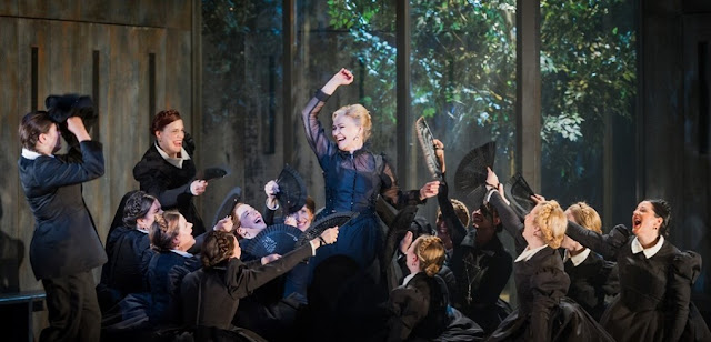 Ruxandra Donose & chorus - Verdi: Don Carlo - Grange Park Opera - photo Robert Workman