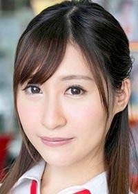 Actress Kana Kusakabe