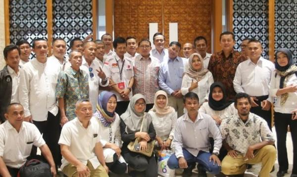 RESMI! Honorer K2 dari 30 Provinsi Dukung Prabowo-Sandi