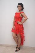Yamini bhaskar new glam pics-thumbnail-2