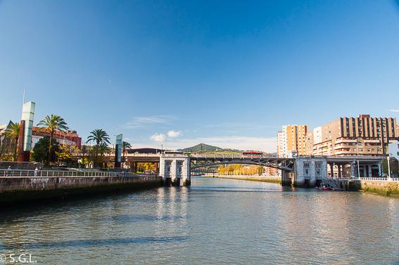 Puente de deusto. Bilbao, la ria y sus puentes