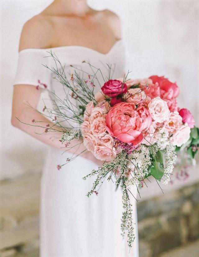 pantone living coral ramo flores bouquet