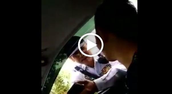 Polis Siasat Video Anggota Trafik Terima Rasuah