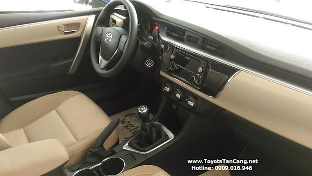 Nội thất Toyota Corolla Altis 1.8G MT