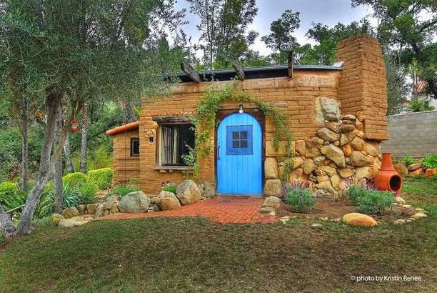 Arquitectura de casas 45 fachadas de casas peque as for Fachadas de casas rusticas sencillas