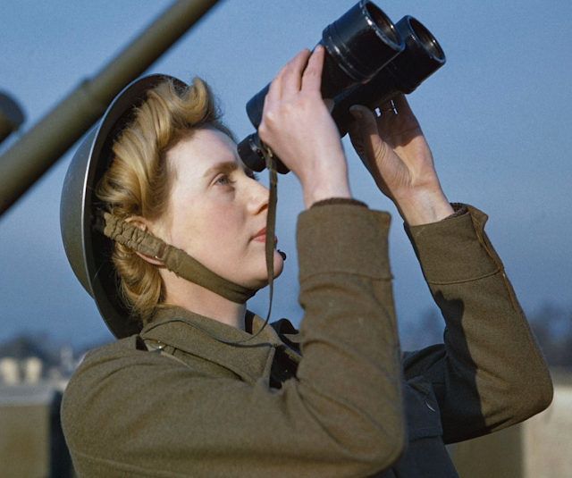 Auxiliary Territorial Service (ATS) 'spotter'  color photos of World War II worldwartwo.filminspector.com