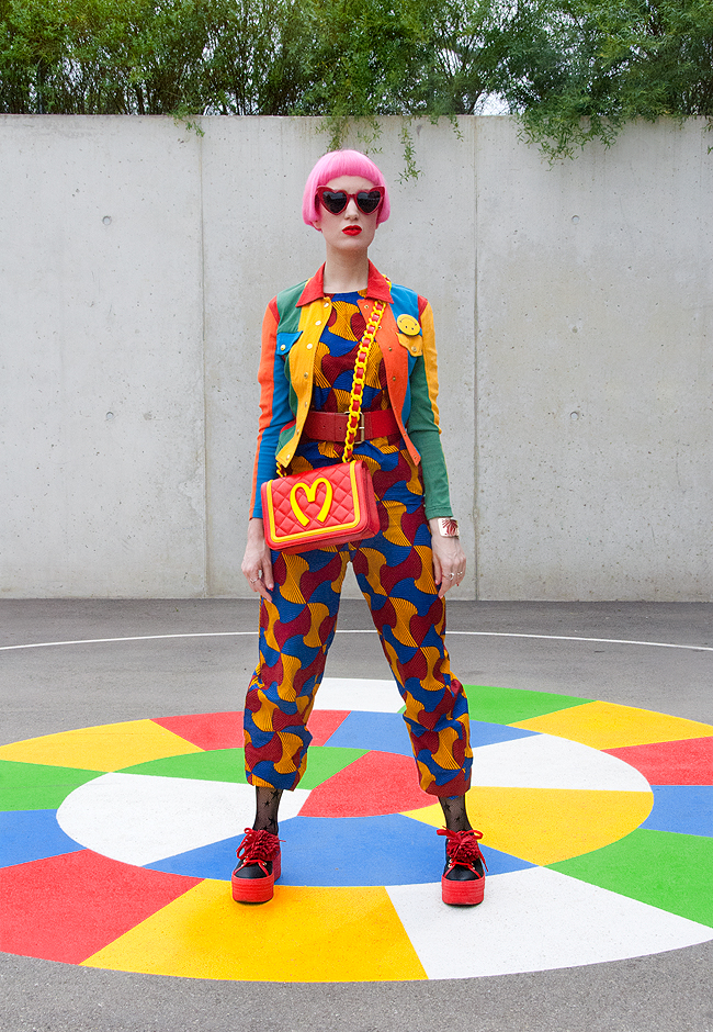 Sara is in Love with… blogger influencer rainbow Moschino Franco Jeremy Scott McDonalds Schmiley Mo African Wax fabric jump suit Saint Laurent pink hair look fashion casual