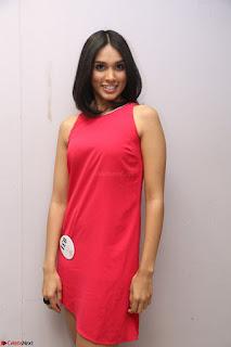 Spatika Surapaneni in Red Tight Dress at FBB Miss India 2017 finalists at Telangana auditions Feb 2017 (35).JPG
