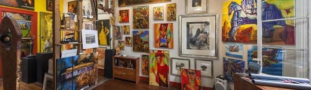 Compras na Galería de Arte Bahia Utopica em Valparaíso