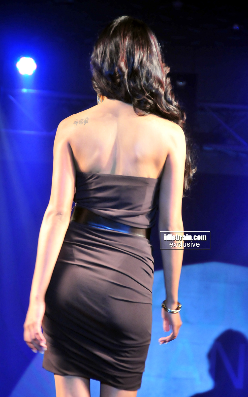 Mandira Bedi Sexy Pics