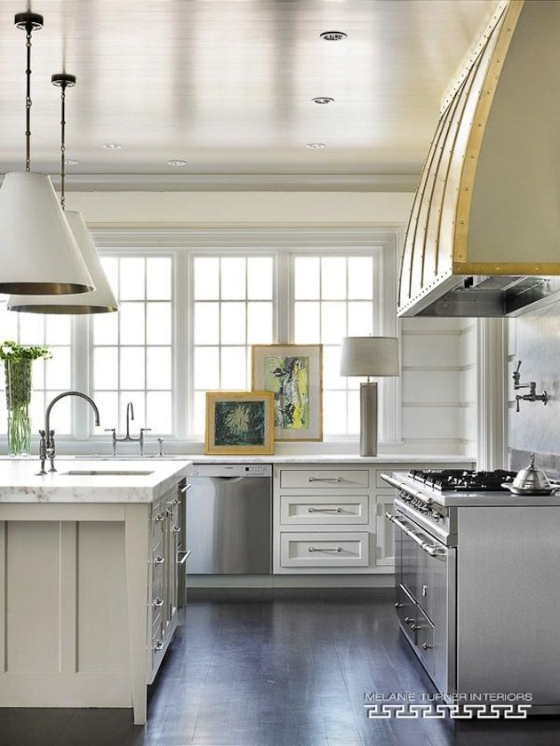 Clean white kitchen | Melanie Turner Interiors