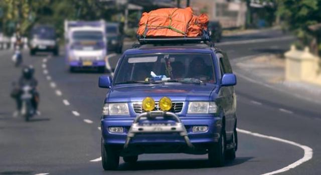Usaha Travel mobil