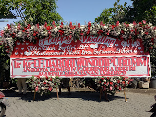 bunga papan wedding jumbo