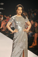 Gorgeous Kangna Ranaut walks for Dorothy Perkins at LFW 2014