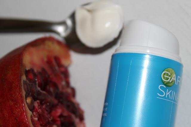 Crème Super-Hydratante Anti-Oxydante FPS 10 - Hydra Bomb - Garnier