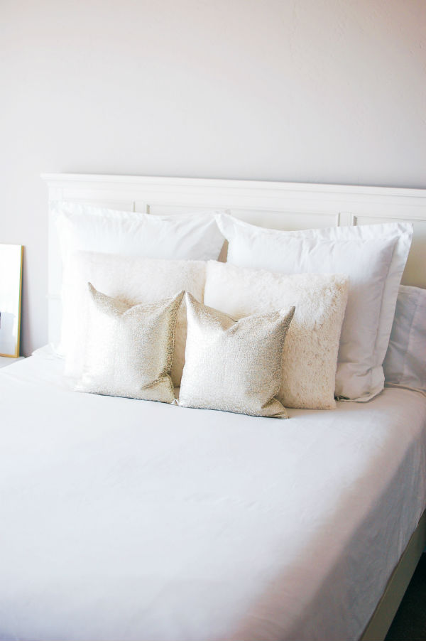 White bedding is great master bedroom decor