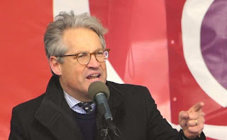 Eric Metaxas speaking at the March for Life
