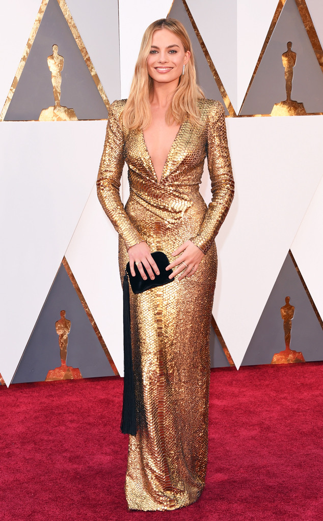 Margot-Robbie-Oscars-2016-tom-Ford