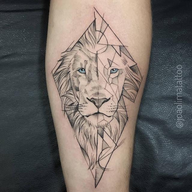 tatuagem leão fineline