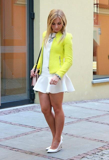 d608cb553ae Look Black Friday  casaco amarelo