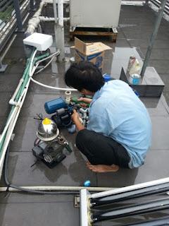 Sửa máy bơm nước hút chân không
