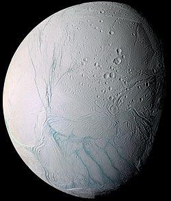 El oceáno de esta luna estaba más cerca de lo imaginado
