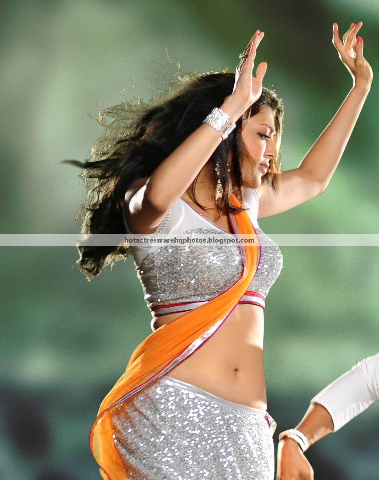 Kajal Agarwal Hot Back Show In Nayak Hot Indian Actr...