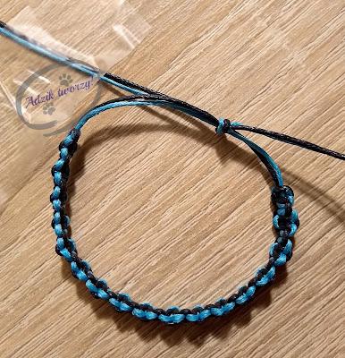 Adzik tworzy - DIY bransoletka makrama splot dwukolorowy