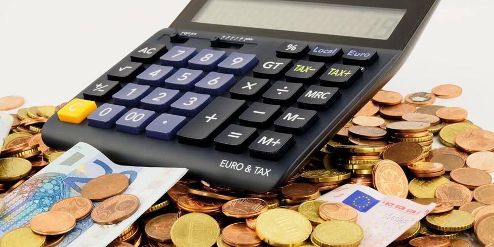 Los españoles dedican 18 años de salario íntegro a pagar impuestos, más del doble que a comprar casa